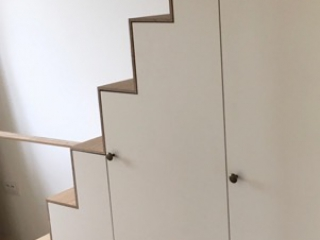 Kast In Trap : Kast op maat onder de trap dl interieur